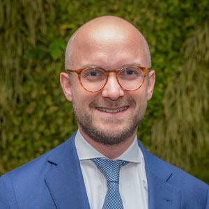 dr. Christiaan Schakel