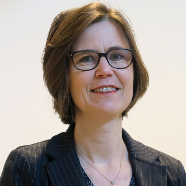 dr. Lonneke Timmers