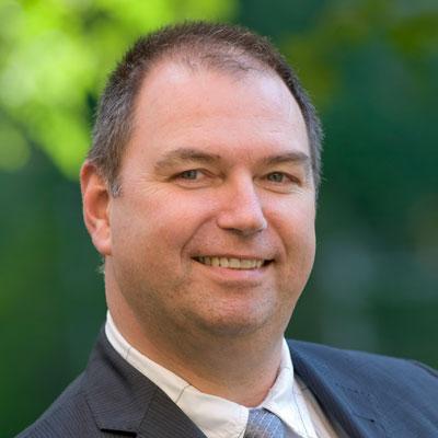 Dr. Marcel van Raaij