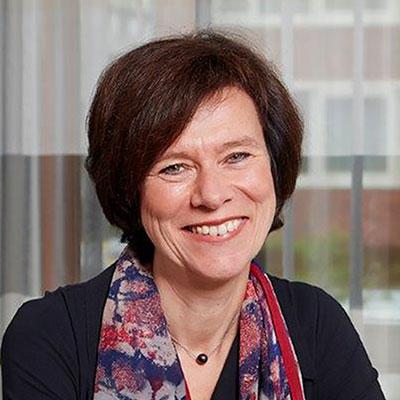 Drs. Margot van der Starre